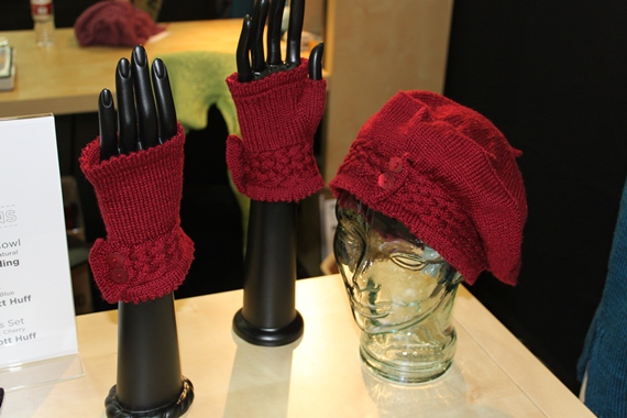 Hat and gloves mini