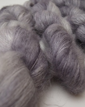 Fyberspates_hand_dyed_knitting_mo_2