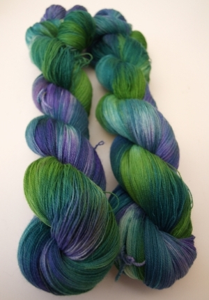 Fyberspates_hand_dyed_yarn_new_008