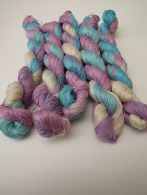 Fyberspates_hand_dyed_yarn_new_01_2